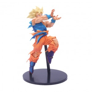 Action Figures DRAGON BALL GOKU TORN SKY (22 cm) - Importada