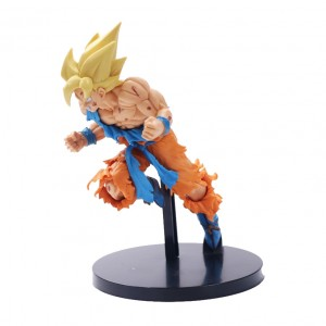 Action Figures DRAGON BALL GOKU TORN RAGE (22 cm) - Importada